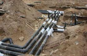 Прокладка труб для очистительной системы в грунте